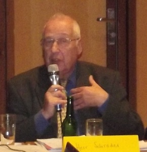 Ein häufig kluger Redner, er kann aber auch derb und unsachlich: Eberhard Schröder, FWS (Archivfoto)